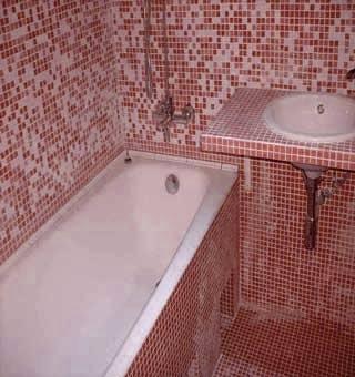 При простом ремонте ванной под ключ